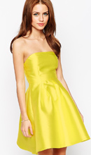Фото True Decadence Petite Strapless Satin Prom Dress